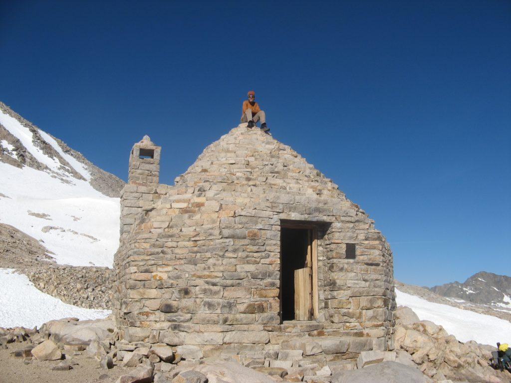 JMT Muir Hut