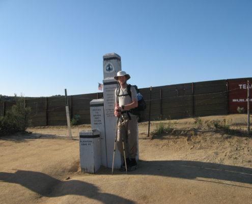 Craig Fowler - PCT 2007 - Day 33 - Mexican border - Lake Morena, CA