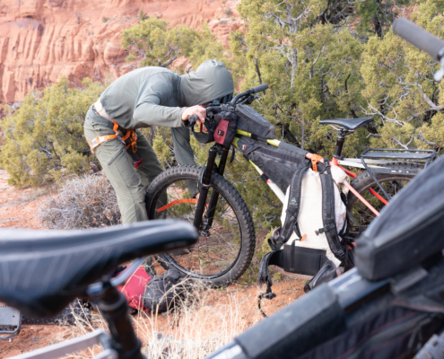 bikepacking-carrying-harness-101